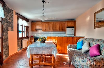TURISMO VERDE HUESCA. Casa Castillón de Foradada